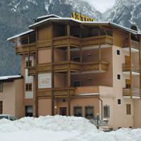Hotel Job - (2)