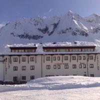 Sporting Hotel - (2)