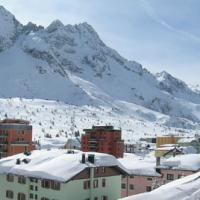 Hotel Presena - (2)