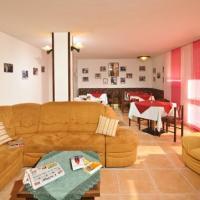 Hotel Monclassico - (2)