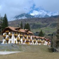 Hotel Aurora - (2)