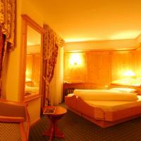 Hotel Cevedale Living Romance - (5)