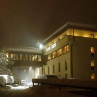 Hotel Derby - (2)