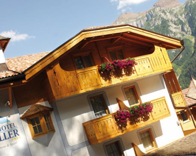Alp Hotel Taller