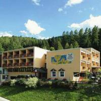 Hotel Garden - (2)
